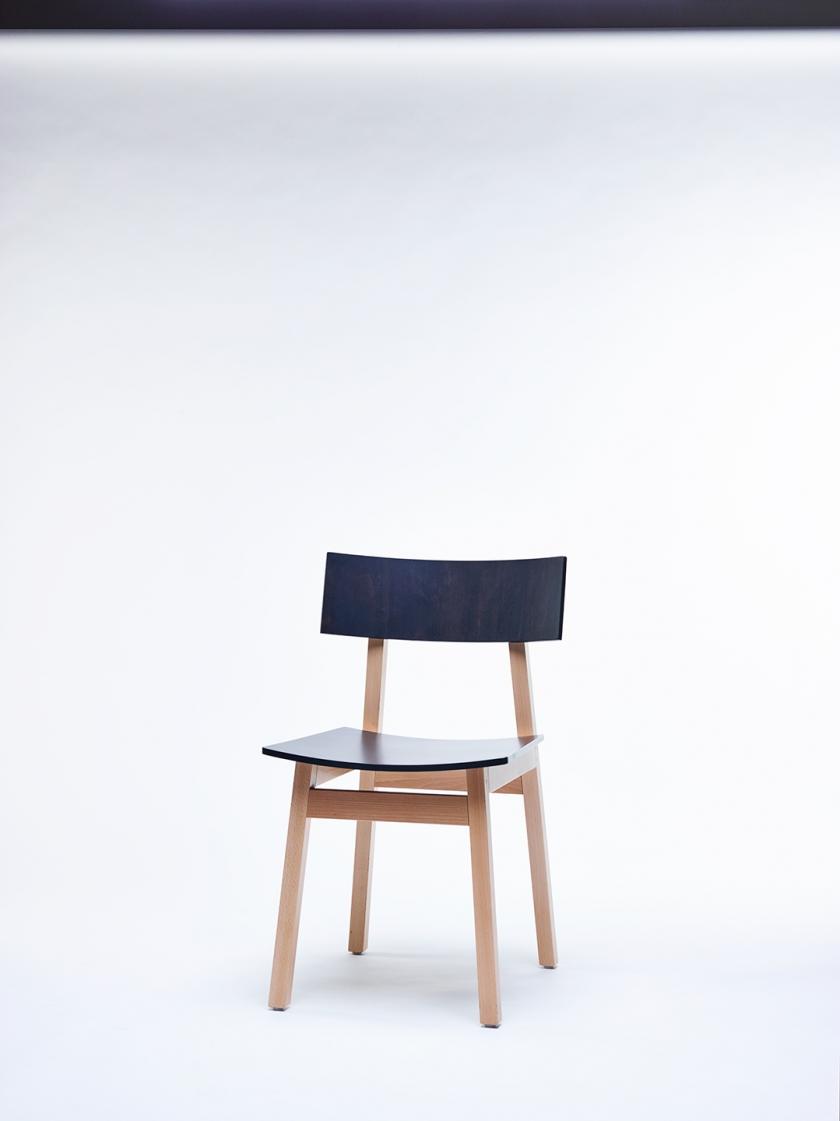 Chaise48827 © Alexandre Bibaut