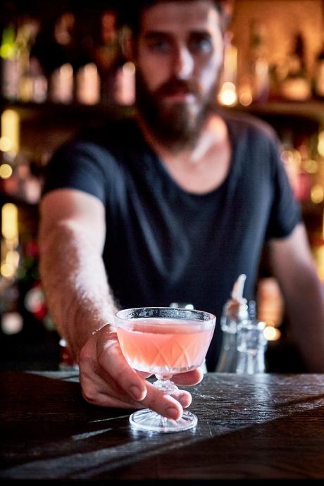 Cocktails-Hortense3859 © Alexandre Bibaut