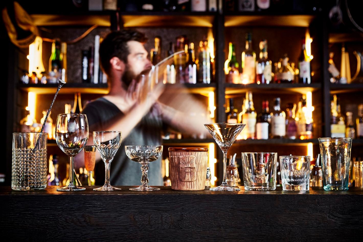 Cocktails-Hortense3785 © Alexandre Bibaut